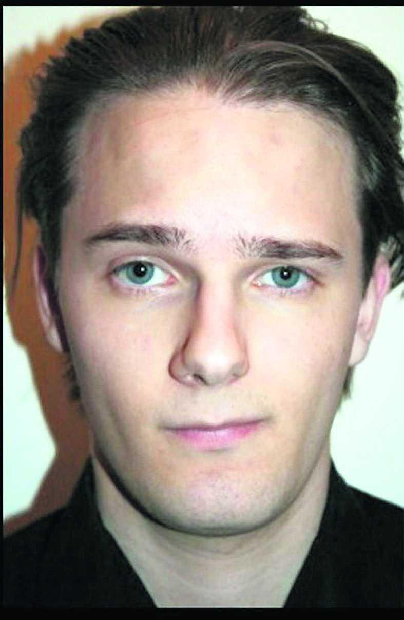 David von Arnold Antoni påstår att två män överföll honom och skar in ett hakkors i hans panna. Men rättsläkaren tror att skadan är självförvållad.