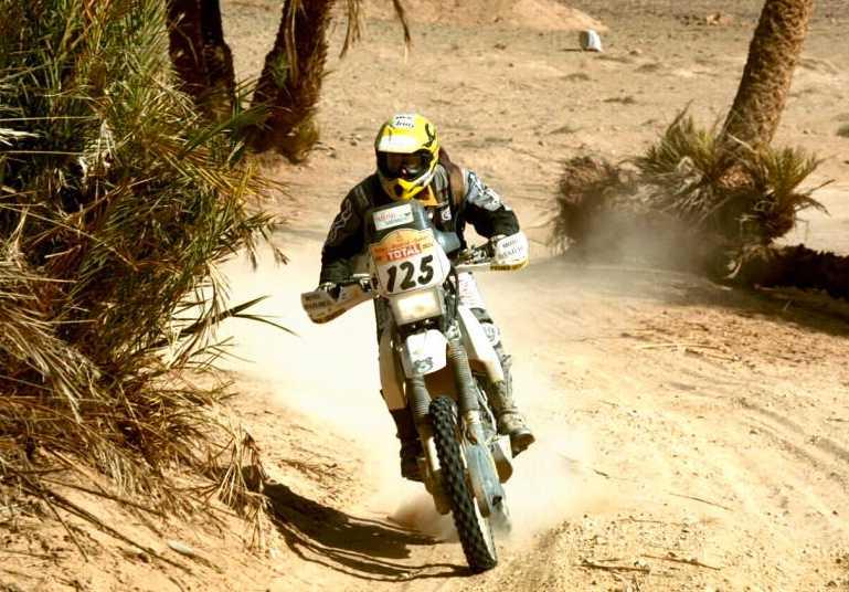 Annie Seel kör Dakarrallyt 2005.