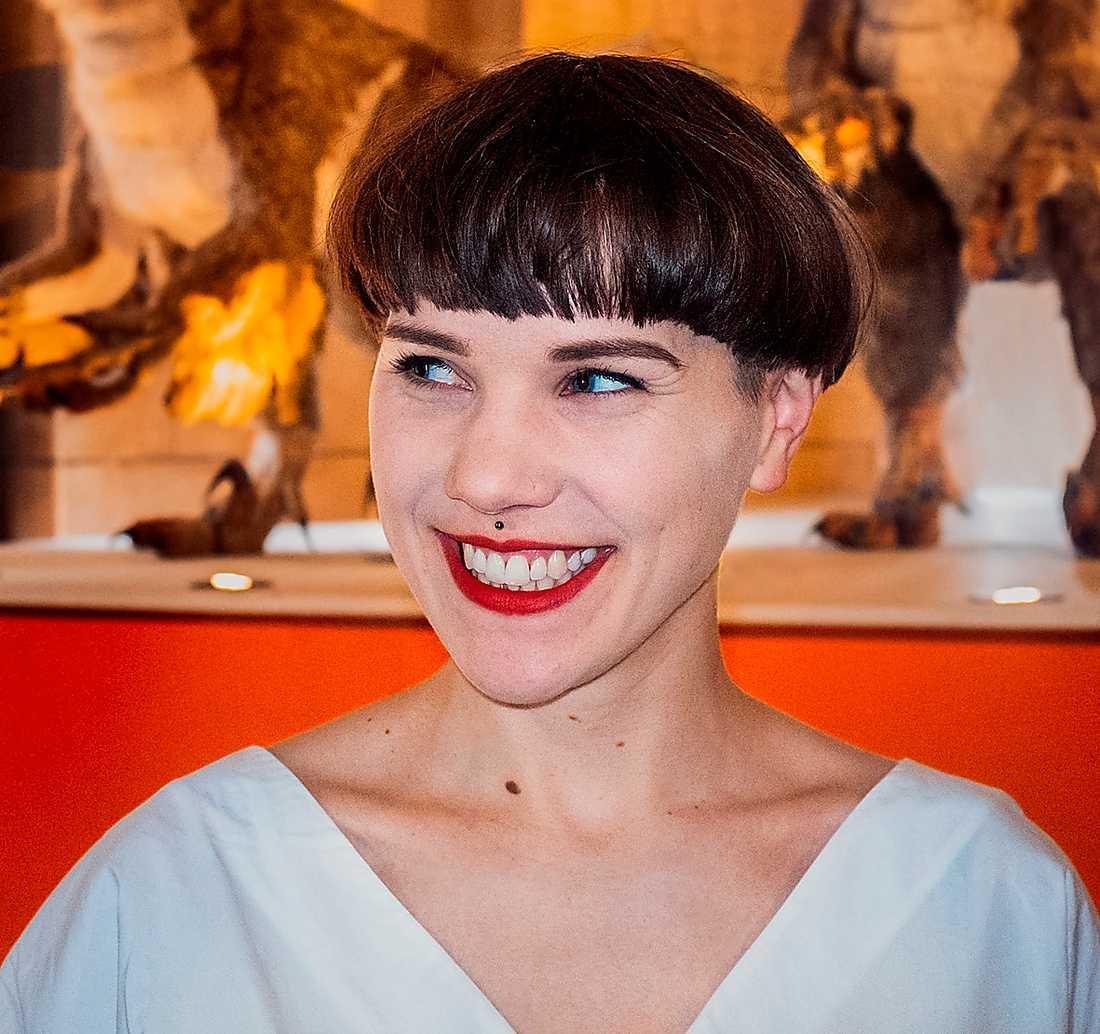 Lyra Koli (född 1990), författare och kritiker.