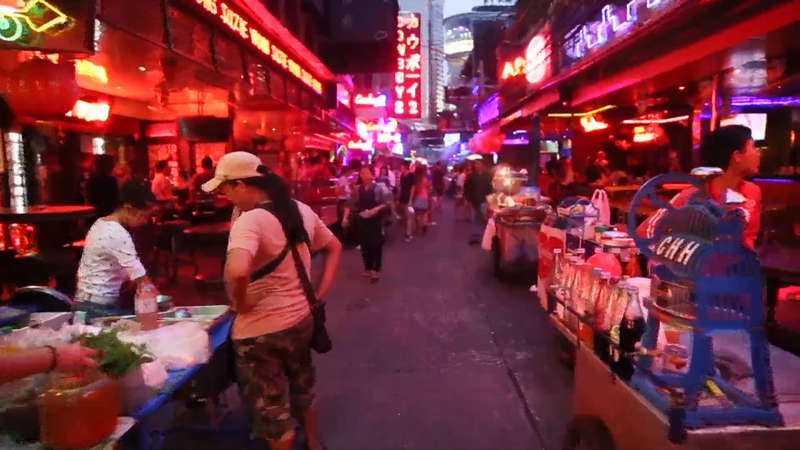 """Kyrkoherdarnas program i Sydostasien innehöll bland annat massage vid Koh Lantas redlight-district, sightseeing och femstjärniga hotell. När Aftonbladet når Jan Winbladh von Walter, som var med på resan, förklarar han att en massage nära prostitutionskvarteren inte är något konstigt. """"Vi var ju inte där för att studera någonting som hade med några sexuella tjänster att göra"""", säger han. Regionchefen Stefan Bergmark tycker dock att det var en olämplig punkt att ha med i ett programschema. """"Vi uppmuntrar aldrig till någon form av utnyttjande av personer"""", säger Bergmark."""