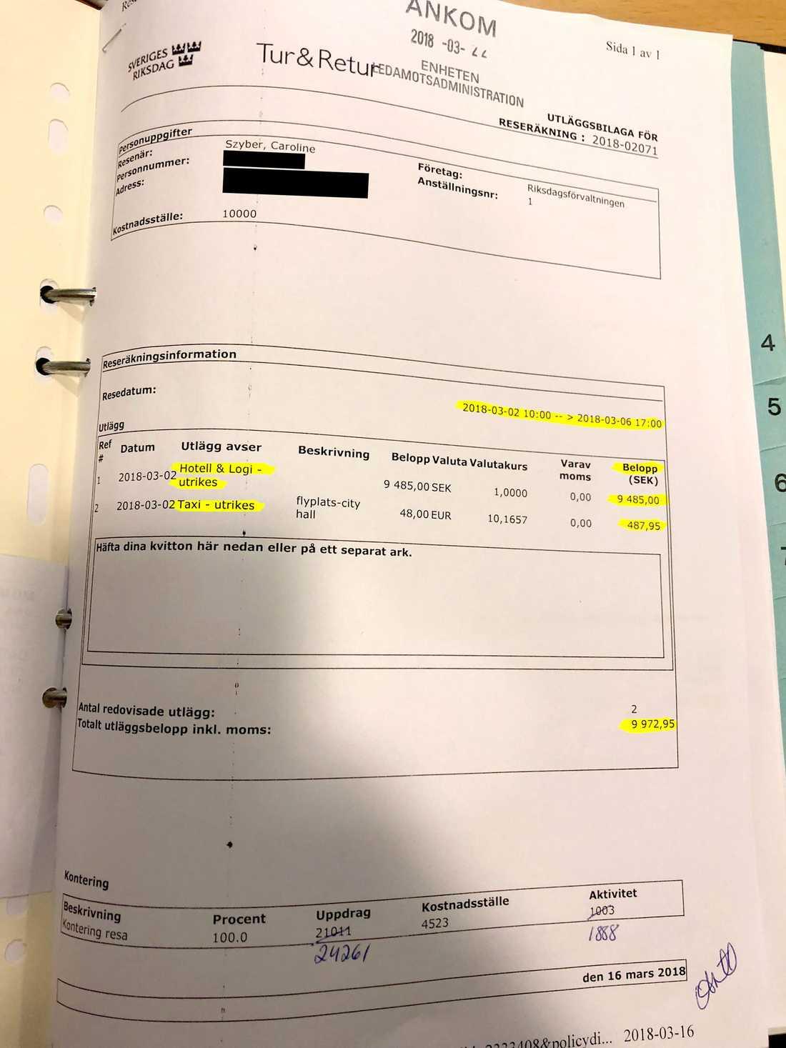 Skattebetalarna fick stå för familjens hotellkostnad i Rom på totalt närmare 10000 kronor.
