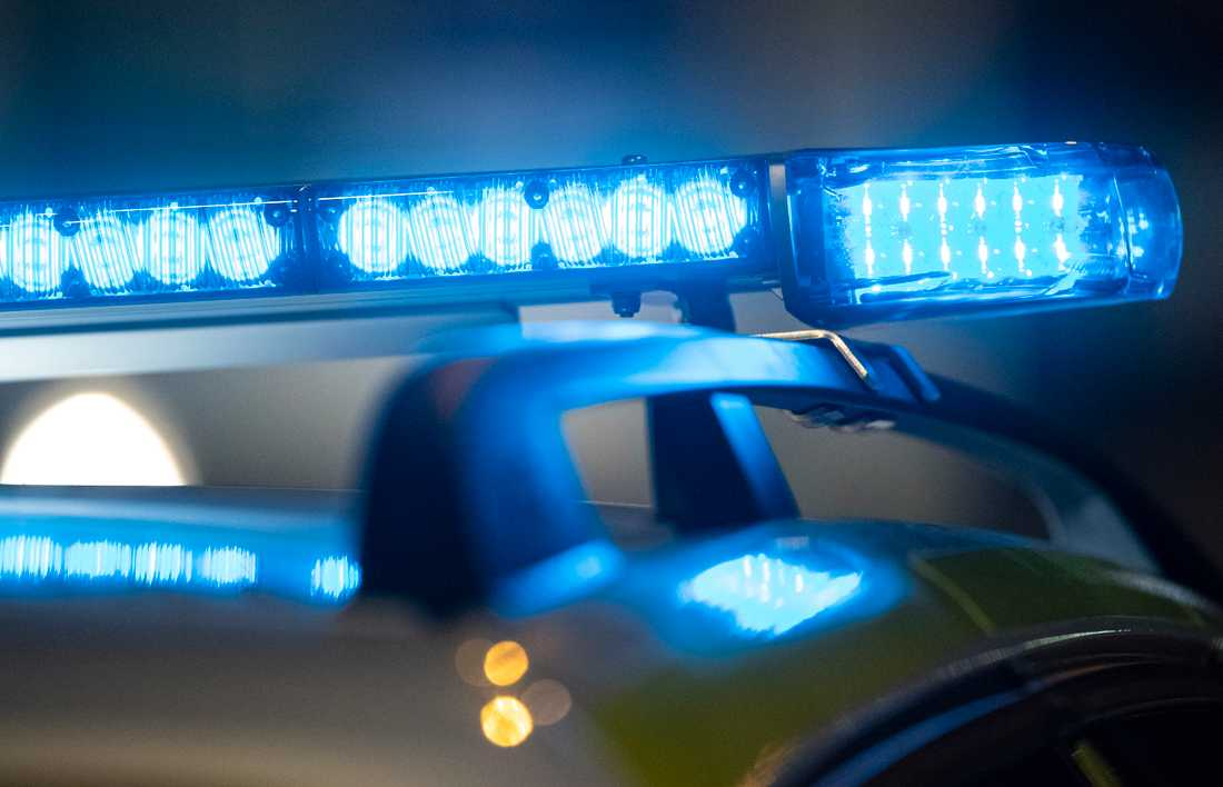 Minst tre personer har skadats i ett bråk mellan omkring 20 personer. Arkivbild.