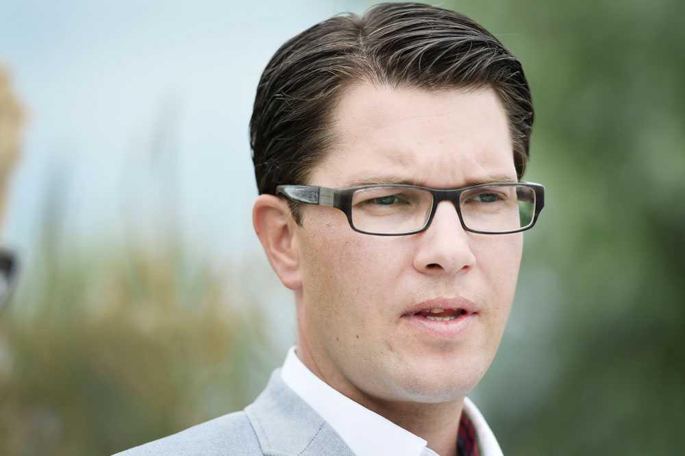 Jimmie Åkesson och Sverigedemokraterna vill införa betyg från årskurs 4.