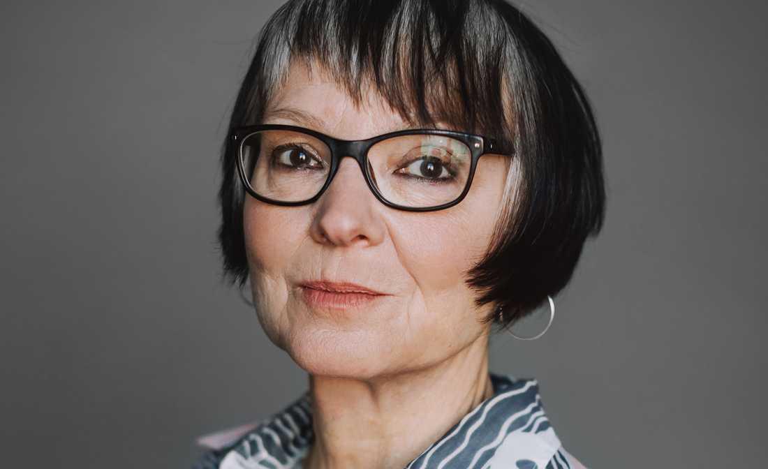 """Kultursidans litteraturkritiker och skribent Anneli Jordahl ger ut essän """"Orm med två huvuden"""" (Norstedts)."""