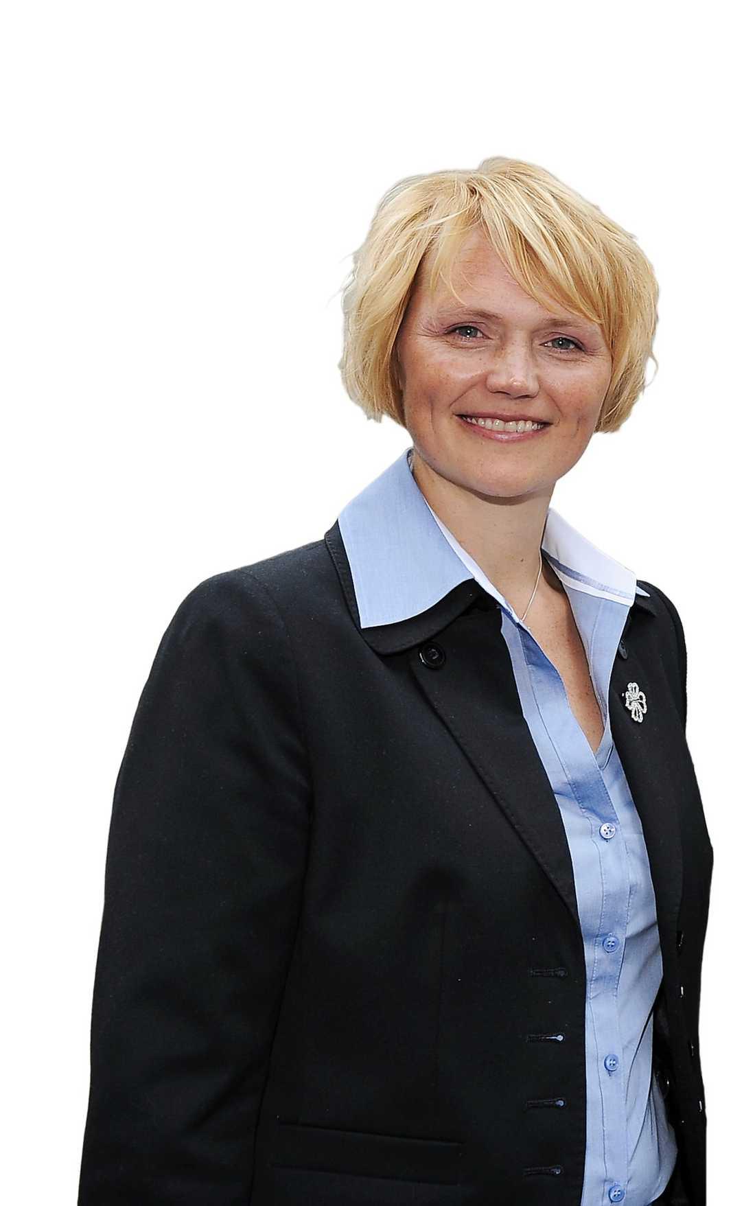 Anna-Karin Hatt kandiderar till ordförandeposten i Centern.