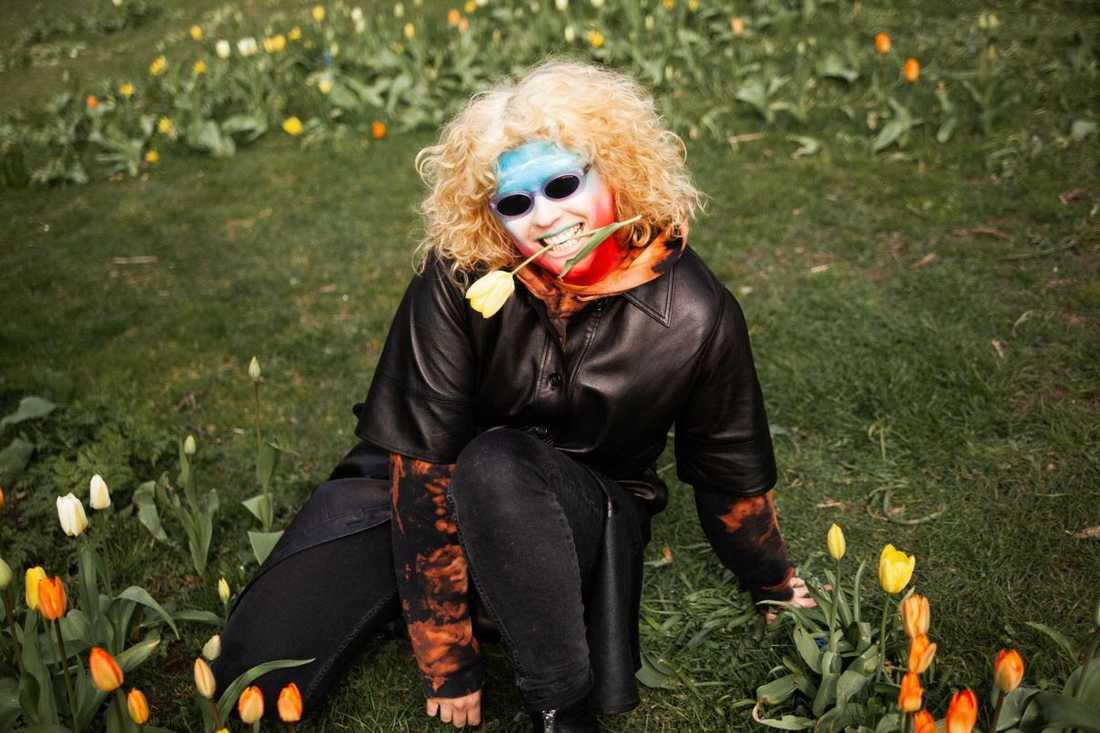 Sibille Attar har släppt sitt andra och bästa album hittills.