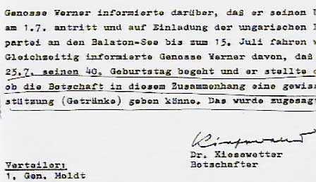 """Dokumentet från östtyska ambassaden som beviljade Werners förfrågan om""""bidrag""""."""