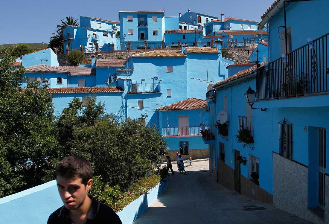 Invånarna röstade i december för att behålla den blå färgen.