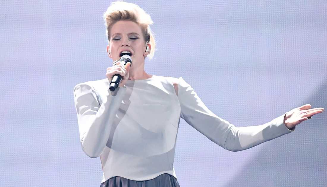 """Levina framförde låten """"Perfect life"""" för Tyskland i Eurovision song contest 2017."""