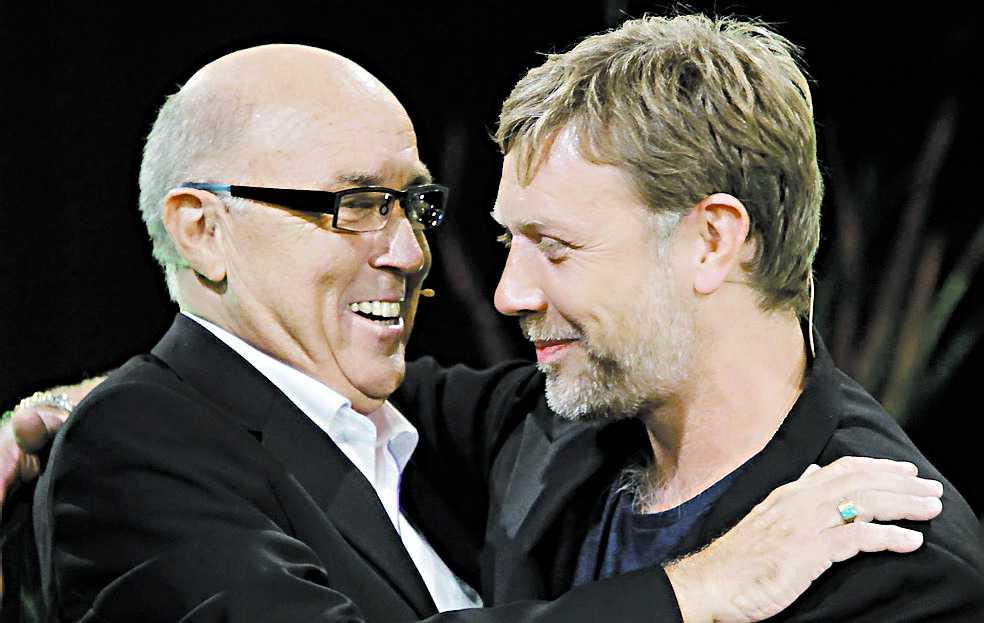... och här med Mikael Persbrandt...