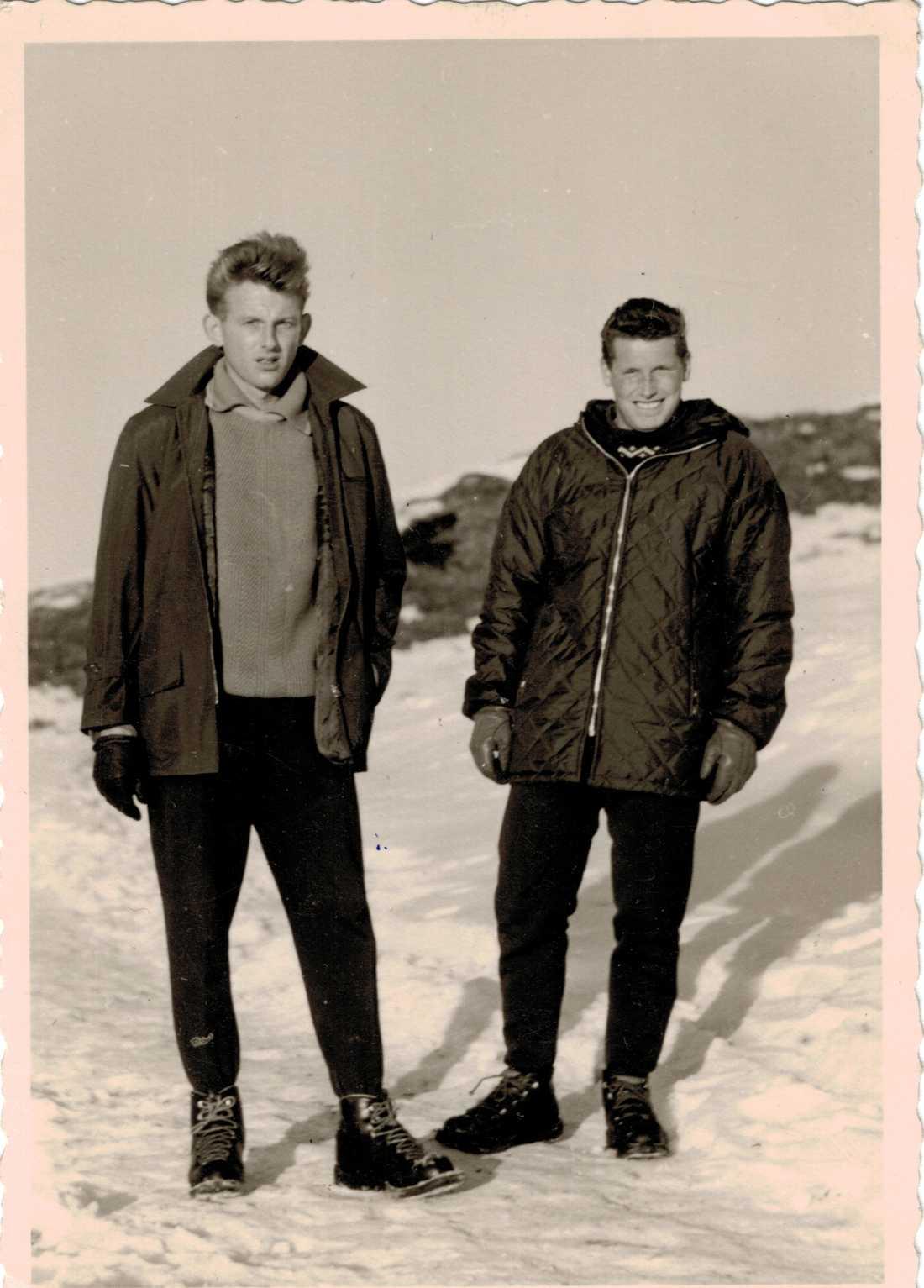 Tysken Friedhelm Hilbert (till vänster) dog 2013, 75 år gammal. Han efterlämnade nästan en miljon svenska kronor - och en okänd dotter i Sverige. Nu vill advokaterna som hanterar arvet komma i kontakt med henne.