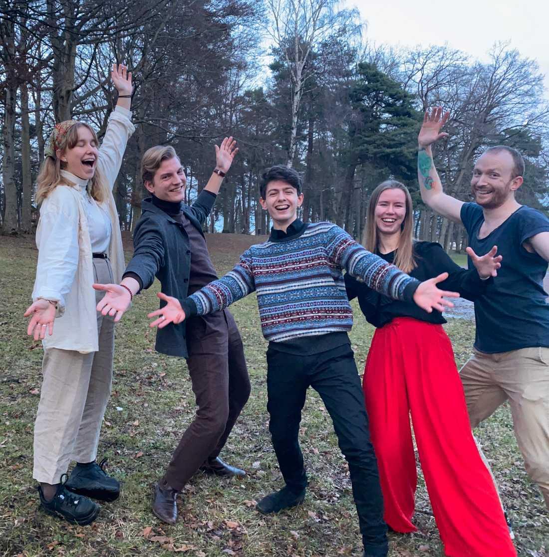 Ätbarts styrelse: Thea Tanhua, Gabriel Johansson, Mickaël Gayet, Margit Hägglund och Daniel Haraldius.