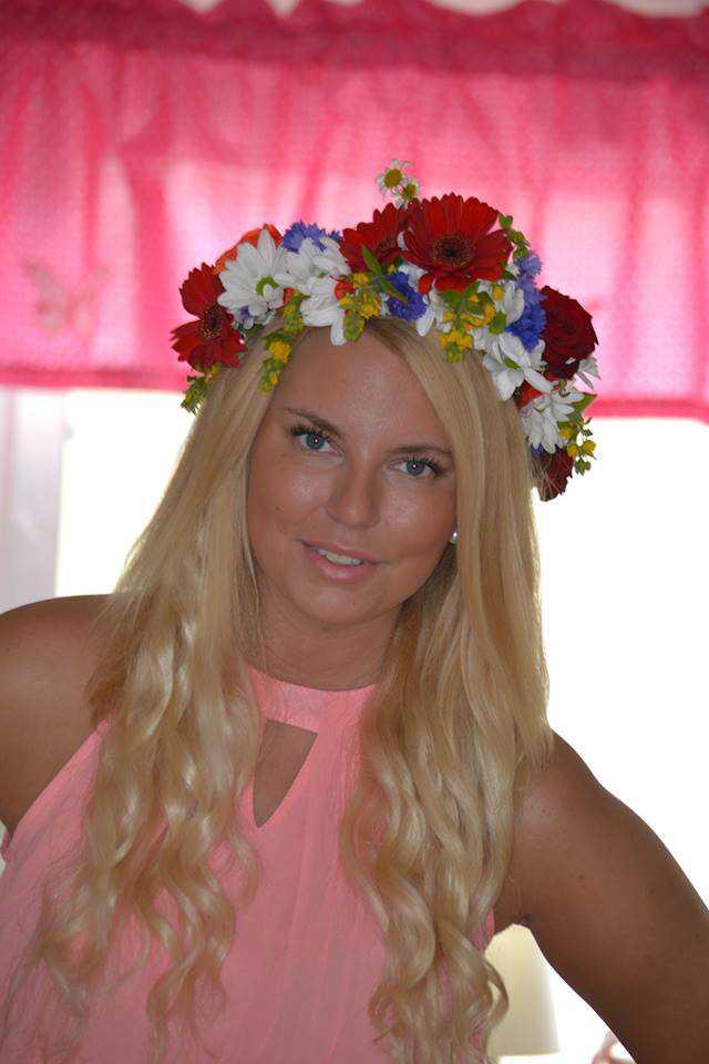 Hanna Lindholm, 21, är strandad på semesterön Boracay.