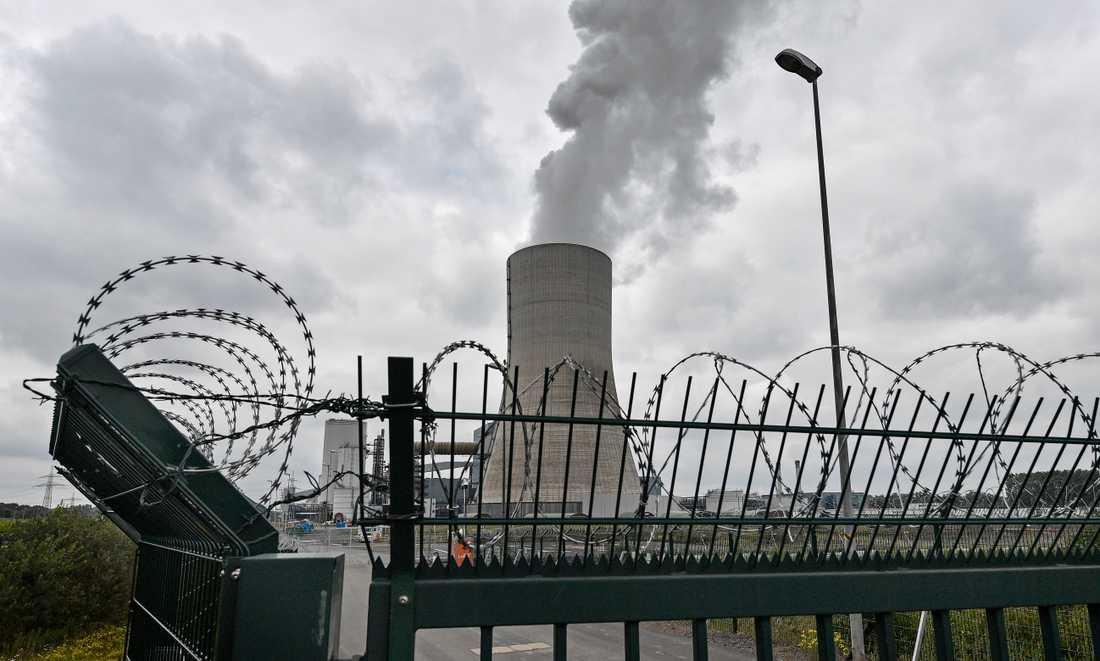 Ånga från Unipers kontroversiella kolkraftverk Datteln 4 i västra Tyskland på fredagen.