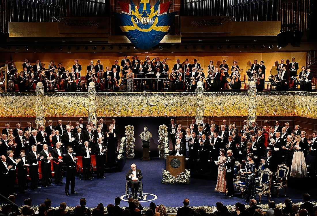 Sista gången Tomas Tranströmer vann förra årets Nobelpris i litteratur. Om dagens utveckling fortsätter kommer det bli betydligt färre svenska pristagare oavsett ämne i framtiden.