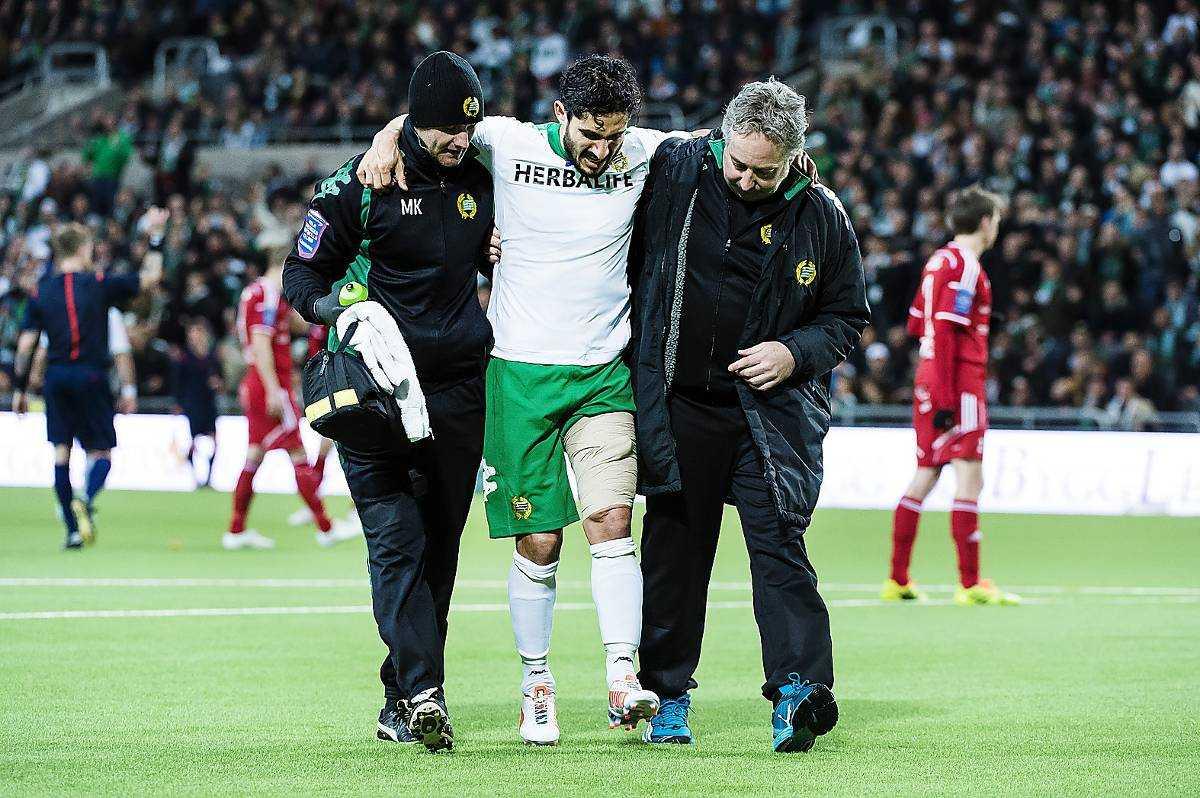 Tvingades gå av Pablo Pinones-Arce hann göra två mål i återkomsten till Bajen innan han kände av en skada i baksida lår.