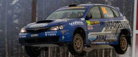Patrik Flodin flög fram i PWRC-klassen i Svenska rallyt.