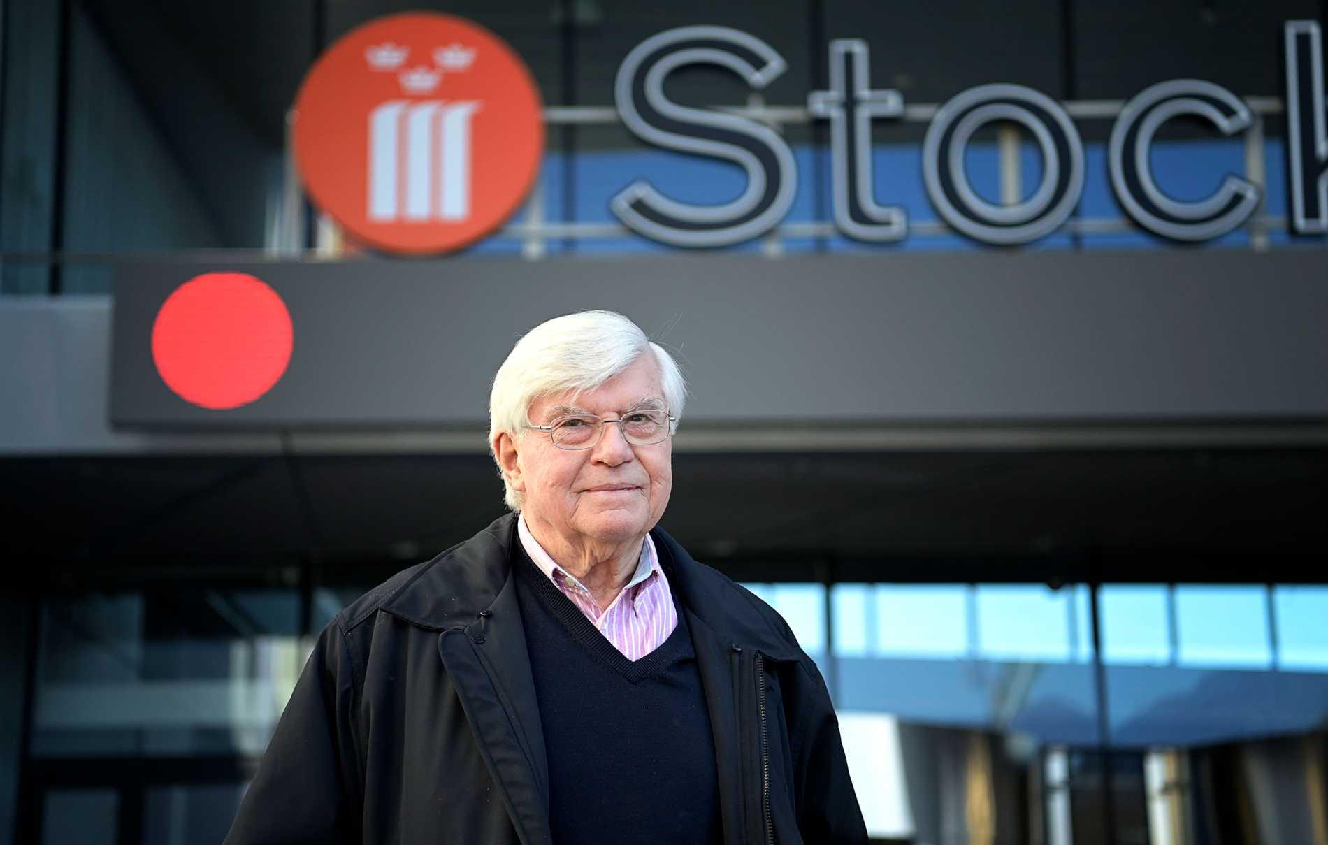 K-G Lindvall, 77, tycker inte att regionen varit tydlig inför vaccinationen. Han blev istället informerad via sin åldersförening.