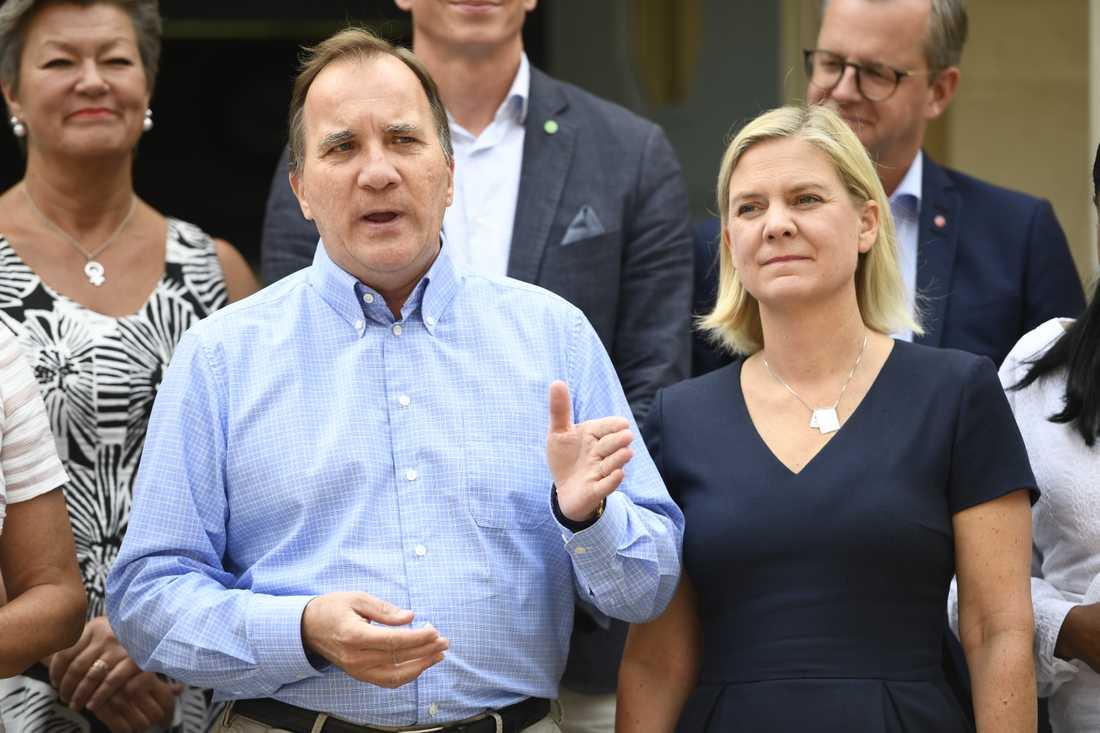 Statsminister Stefan Löfven (S), och finansminister Magdalena Andersson (S) på Harpsund förra året. Arkivbild.