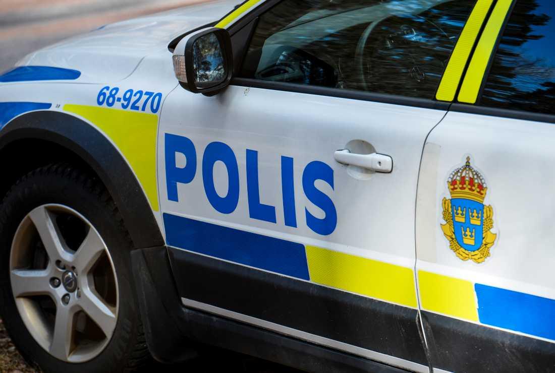 Fyra personer har anhållits efter ett vapenbeslag i Upplands Väsby. Arkivbild.