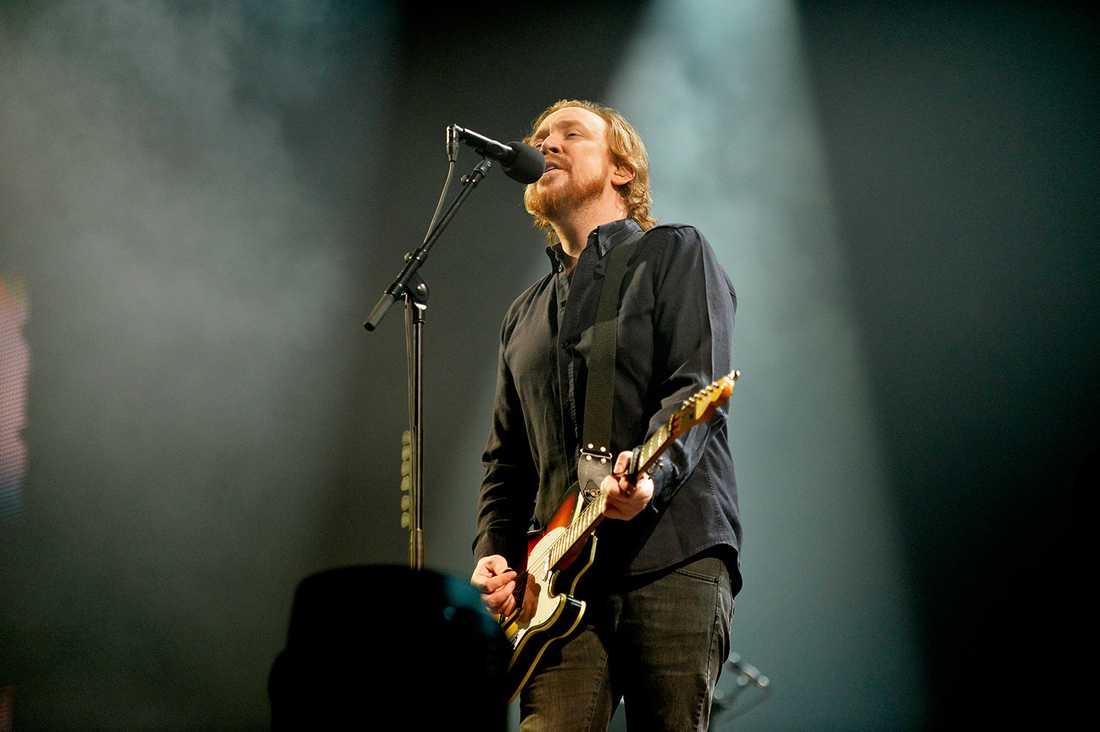 6 Rockbjörnar När Lars Winnerbäck inte plockade hem rekord för antal veckor på Svensktoppen (240!) för låten Om Du Lämnade Mig Nu så fick han en Rockbjörn för samma låt.