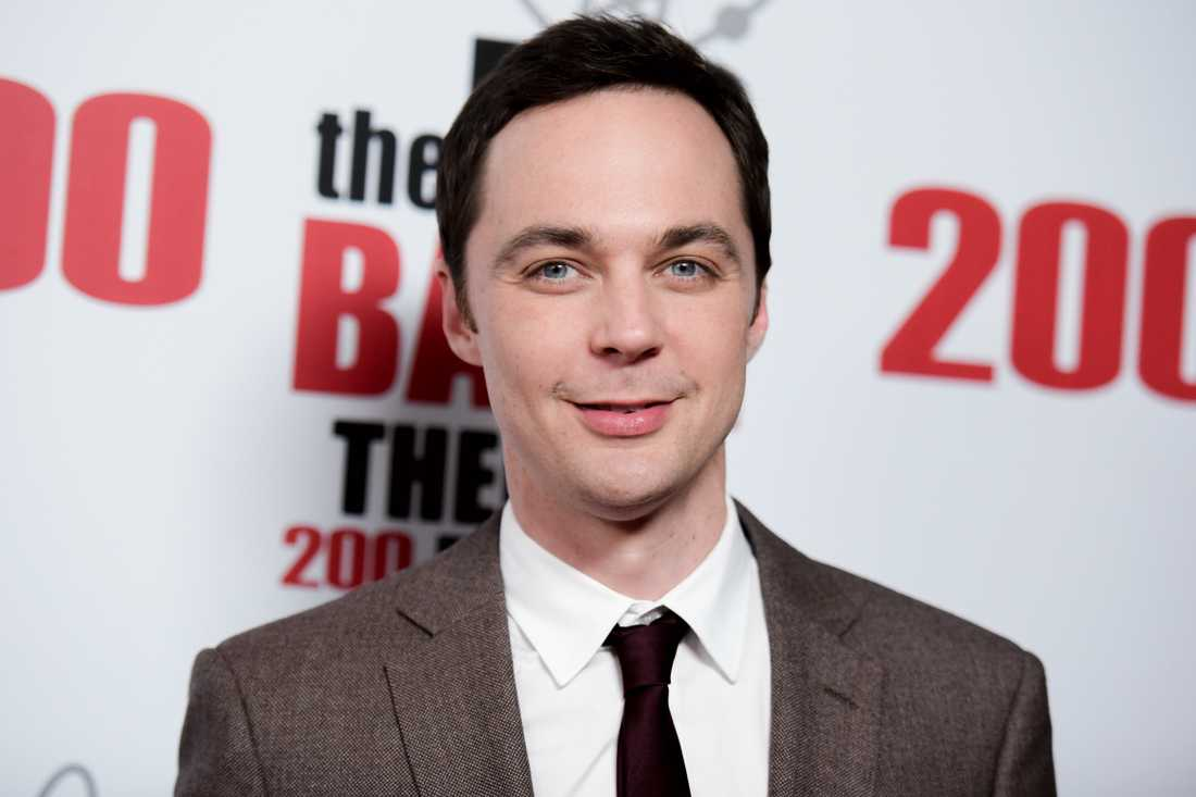 "Jim Parsons är mest känd som Sheldon i ""Big bang theory""."