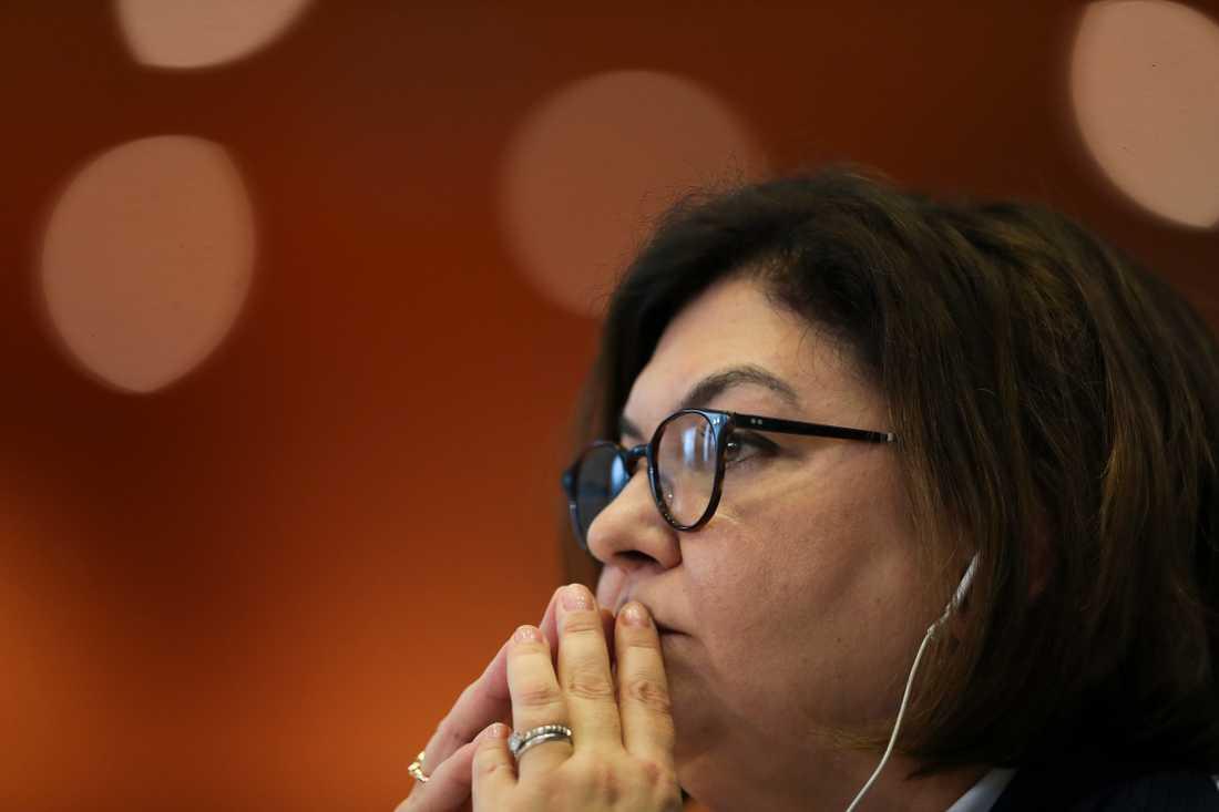 Rumänska EU-parlamentsledamoten Adina Ioana Valean får tuffa frågor från sina kollegor när hon hörs om sin kandidatur till EU-kommissionen.