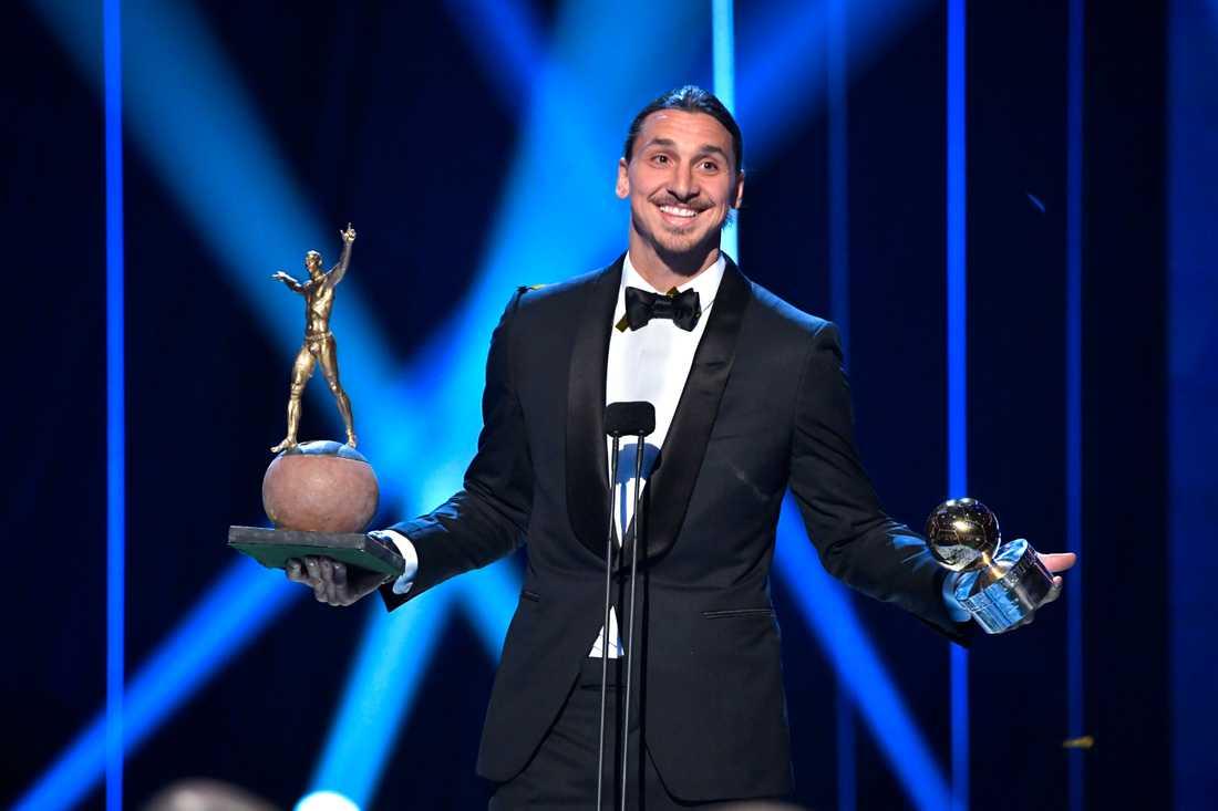 2016 kammar Zlatan hem sin elfte Guldbollen. Samtidigt avslöjades det att stjärnan skulle få en staty utanför Friends Arena. Någon staty i Stockholm har det dock inte blivit och senaste budet ska vara att den istället hamnar i Malmö.