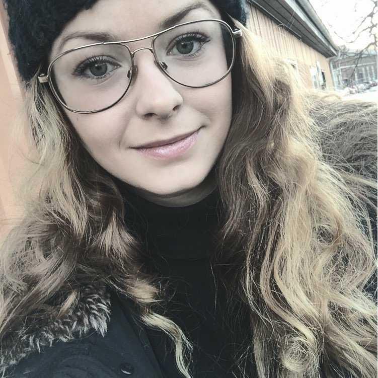 Emelie Sundbergs insamlingsstiftelse för kvinnliga skorstensfejare ska ge stöd åt kvinnor som vill bli sotare.
