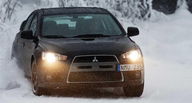 Aftonbladets årliga vintertest innebär ofta flera timmars bilkörning varje dag.