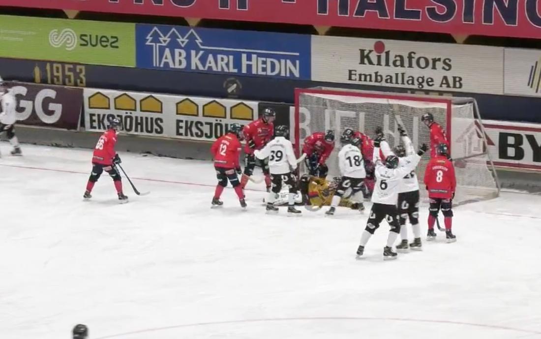 Sent måljubel  räddade poäng för Sandviken.