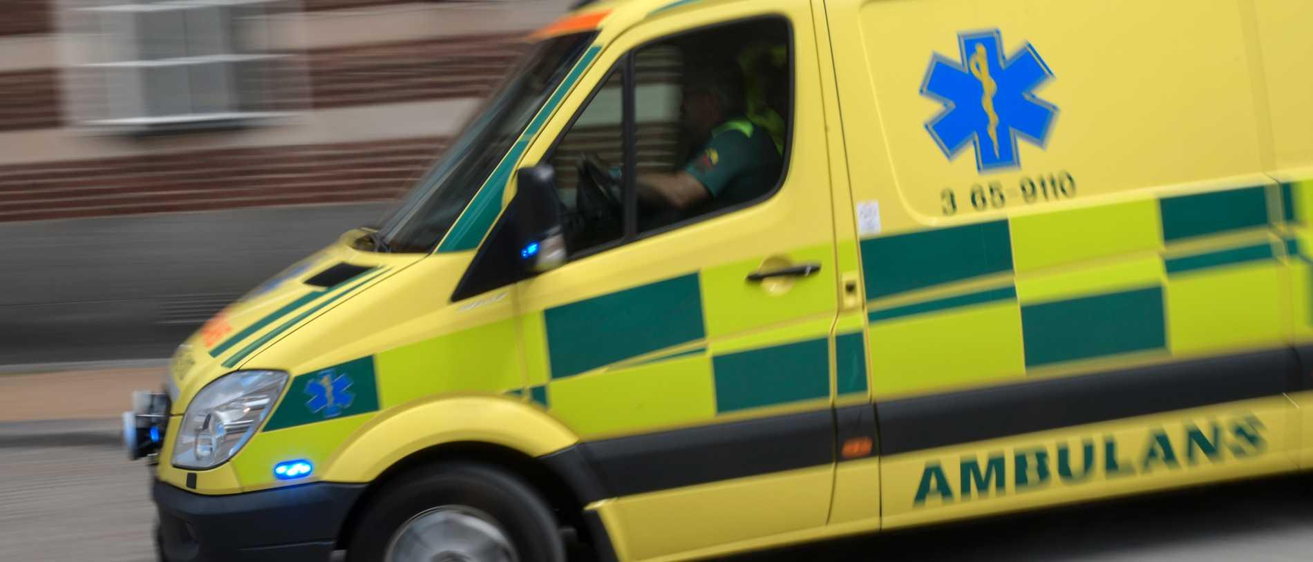 Två till sjukhus efter påkörning i Alingsås