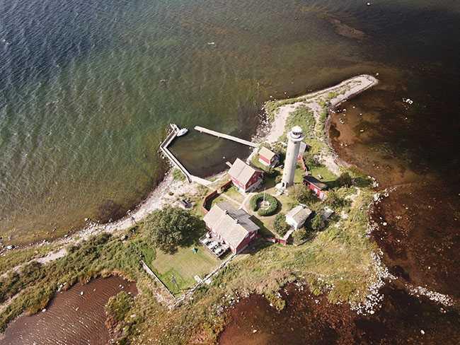 Denna ö är bara två meter över havet - och minskar vid högvatten.