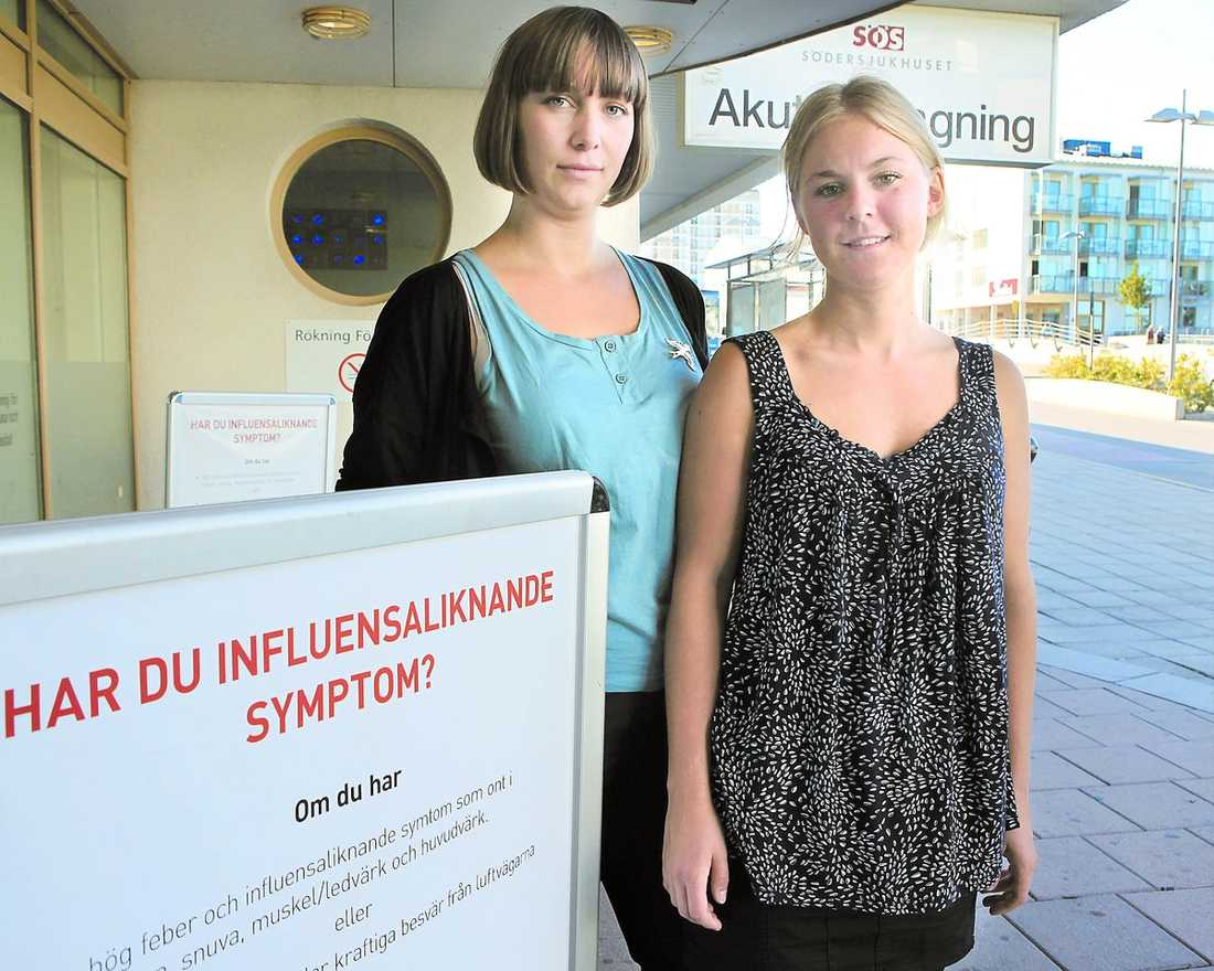"""hjälpande hand Sköterskestudenterna Åsa Wretman, 25, och Kim Jüllig Sedvall, 24, kan tänka sig att hjälpa till med vaccinering: """"Som sistaårsstudent känns det okej. Hade det varit första året hade jag kanske inte känt mig bekväm"""", säger Åsa."""