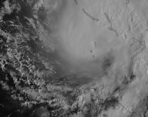 Orkanen Isaias.