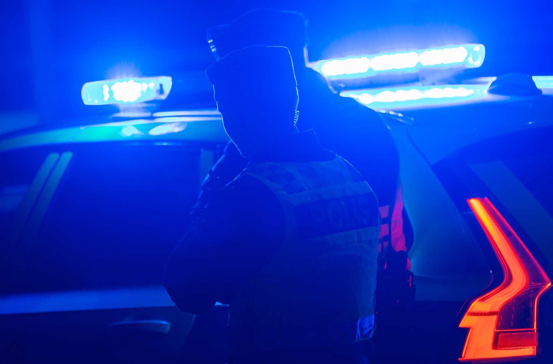 Polisen i Härnösand har fått stänga av flera parkeringar efter det att ett större antal personer samlats där och stört ordningen. Arkivbild.