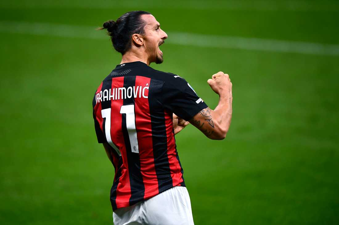 Zlatan uppges förlänga sitt kontrakt med Milan.