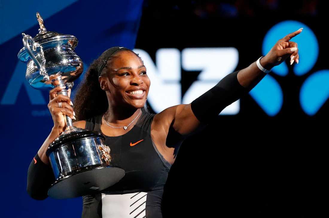 Trots systrarna Serena och Venus Williams legendariska status utsätts de för strukturell orättvisa.