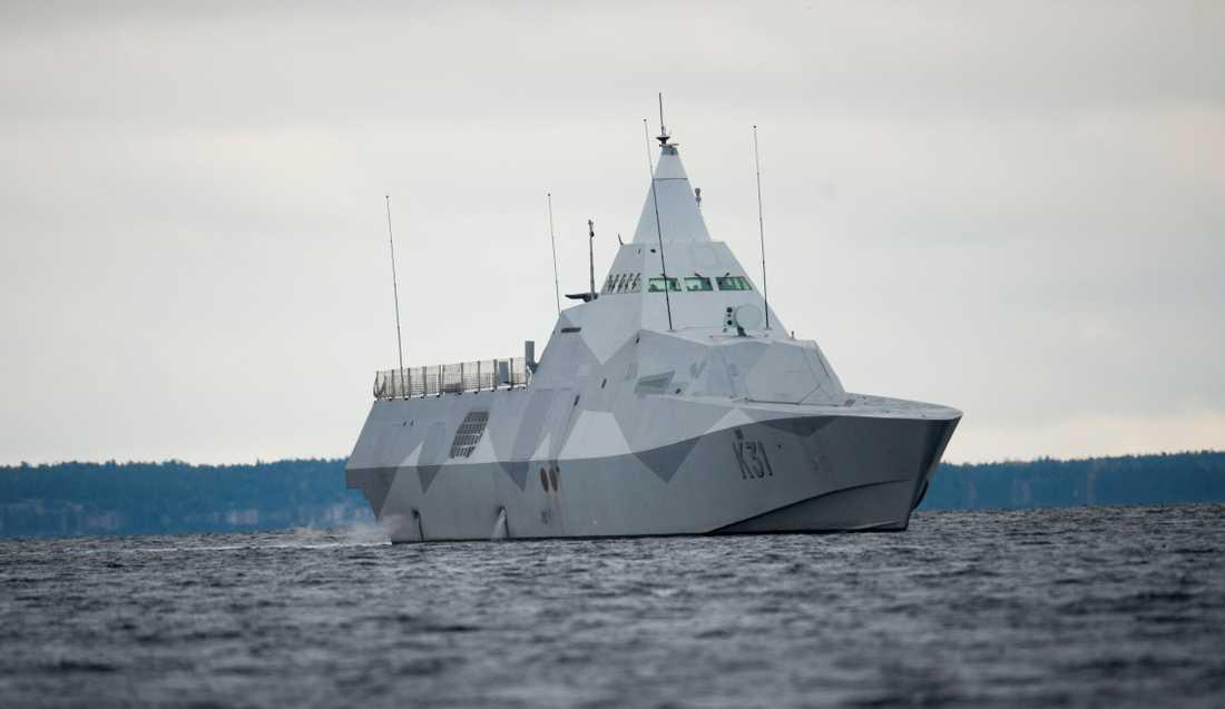 Marinens kustkorvett, Visby, i Stockholms skärgård utanför Musköbasen.