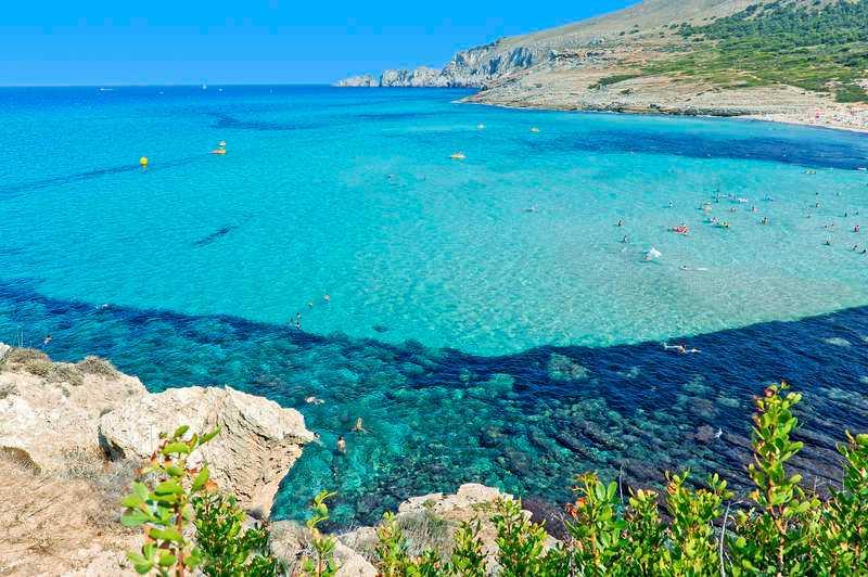 Cala Mesquida på nordöstra Mallorca har en av öns vackraste stränder.