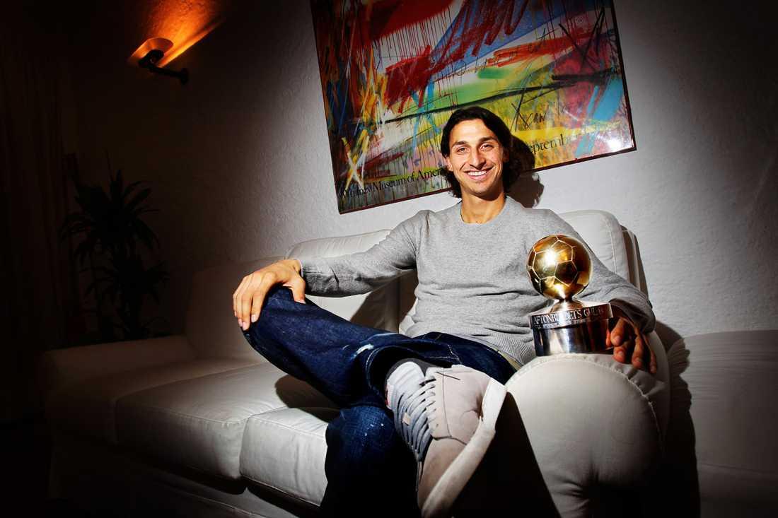 """2010: Zlatan Ibrahimovic, Milan Juryns motivering: """"Guldbollen går till en spelare som är en strålande ambassadör för Sverige i världen och världen i Sverige. Han är en glädjespridare hela vägen från Malmö till Milano."""""""