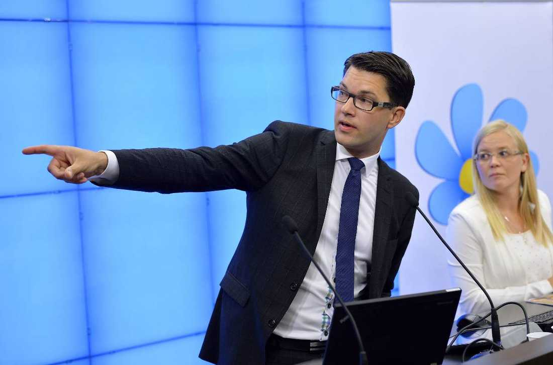 Ökar I SCB:s partisympatiundersökning får SD 14,5 procent. Främst har de attraherat tidigare socialdemokrater och moderater.