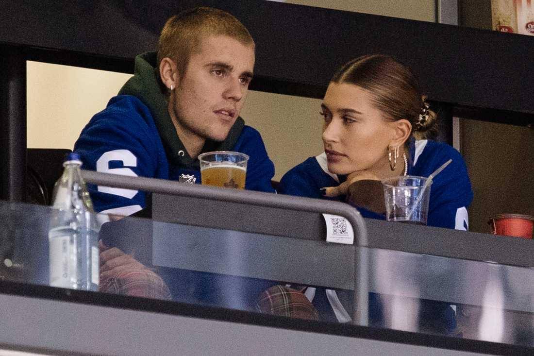 Justin Bieber tar time out för att ta hand om sig själv och frun Hailey Baldwin. Arkivbild.