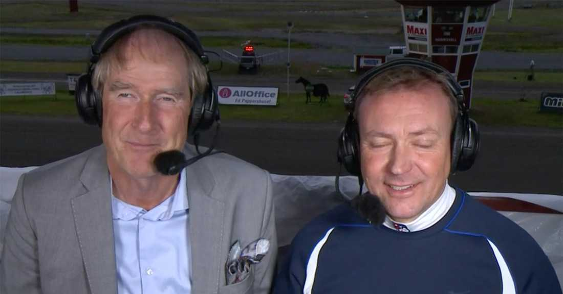 Daniel Olsson med kollegan Anders Fredriksson i TV-hytten