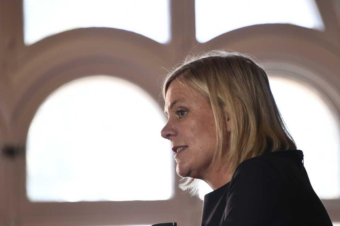 Finansminister Magdalena Andersson (S) på onsdagens pressmöte i Almedalen.