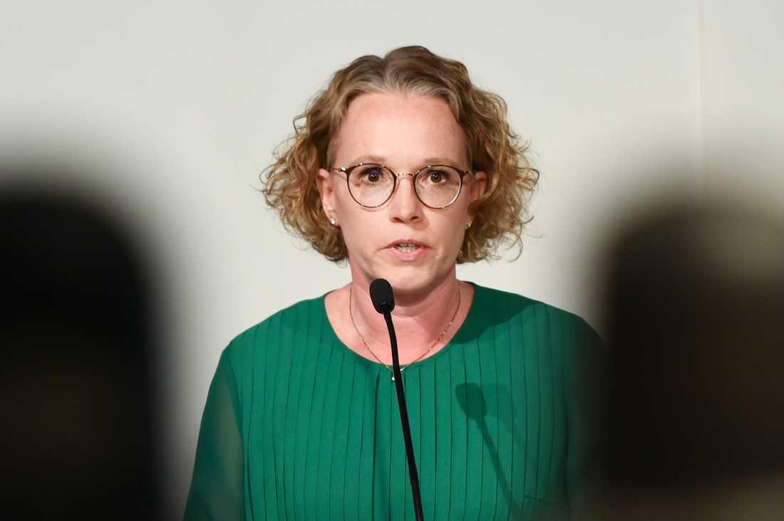 Britta Björkholm, avdelningschef på Folkhälsomyndigheten under torsdagens myndighetsgemensamma pressträff angående coronapandemin.