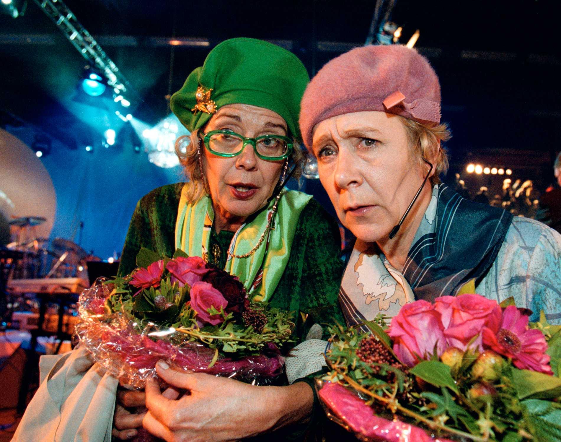 Alfhild och Ortrud (Agneta Danielsson och Med Reventberg).