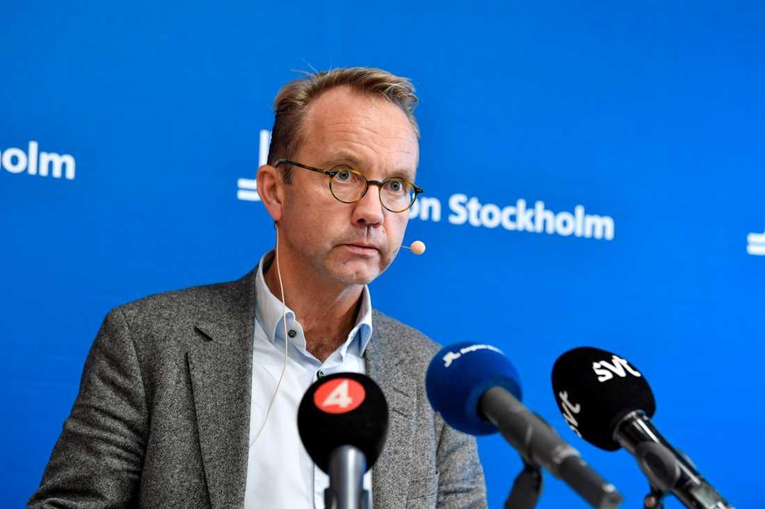 Hälso- och sjukvårdsdirektör Björn Eriksson under en pressträff med Region Stockholm.