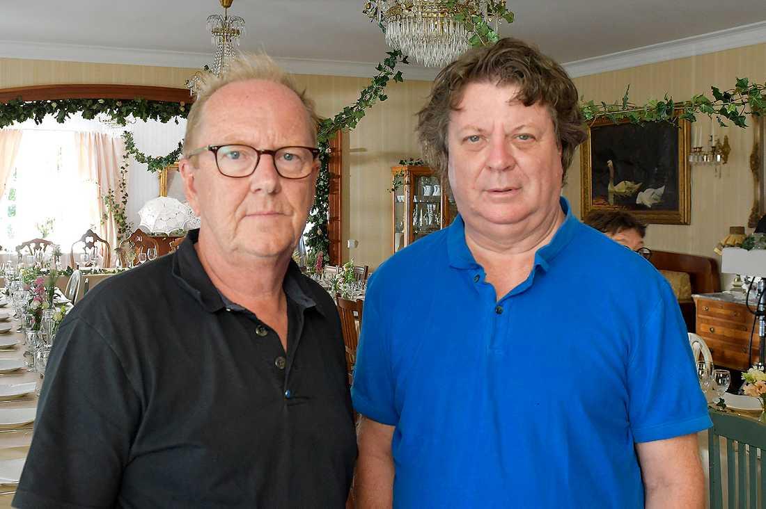Nöjesbladets utsända, fotograf Roger Lundsten och reporter Jan-Olov Andersson.