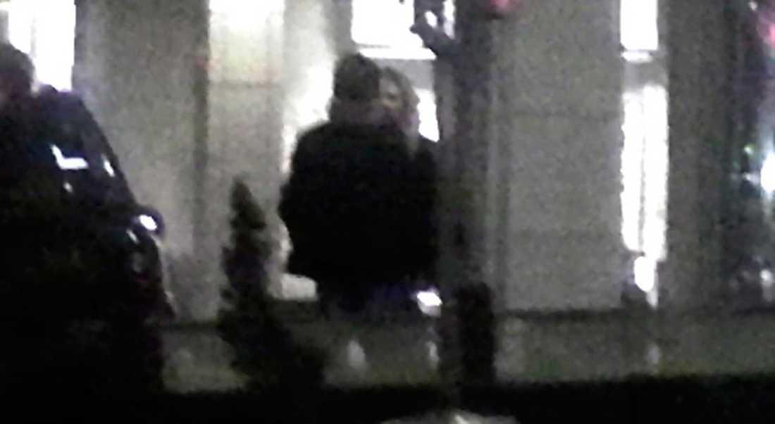Dansparets hemliga möte på hotell i Stockholm.